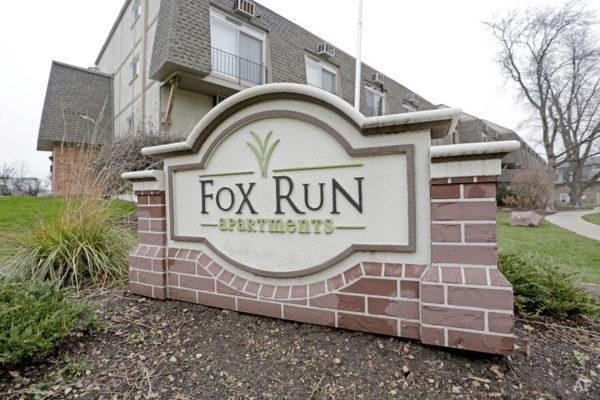 Fox Run Sign